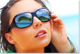 Protejarea ochilor vara cu lentile de contact cu filtru UV