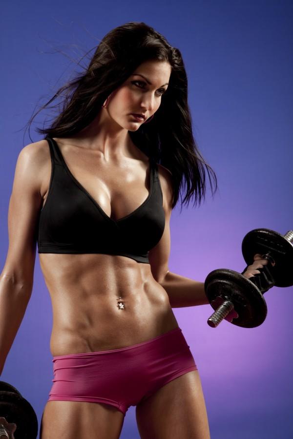 Culturismul pentru femei, Exercitii cu haltere, Foto: ladylifter.blogspot.com