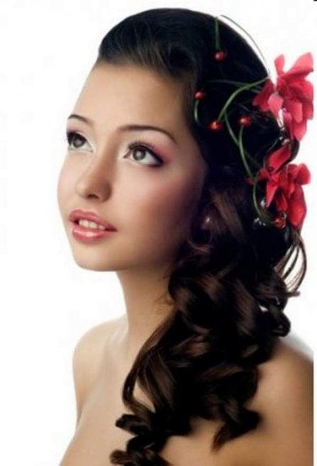 Coafura cu flori, Foto: sweatyhomy.com