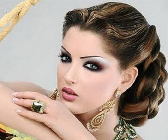 Vezi Galeria Foto Cu Cele Mai Frumoase Coafuri In Stil Arab