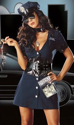 Costum de politista, Foto: accessatlanta.com