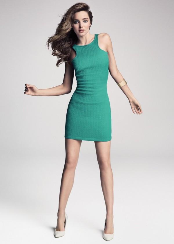 Miranda Kerr intr-o frumoasa rochie creatie Mango, Foto: fashiongonerogue.com