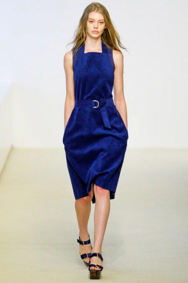 Rochie Calvin Klein la moda in 2014, Foto: flooks.net