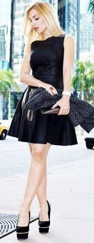 Rochie din piele deasupra genunchiului, Foto: leatherfads.com