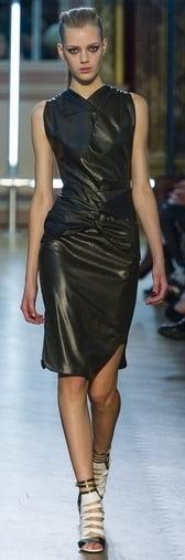 Rochie la moda in 2013 marca Roland Mouret, Foto: gorodmod.com