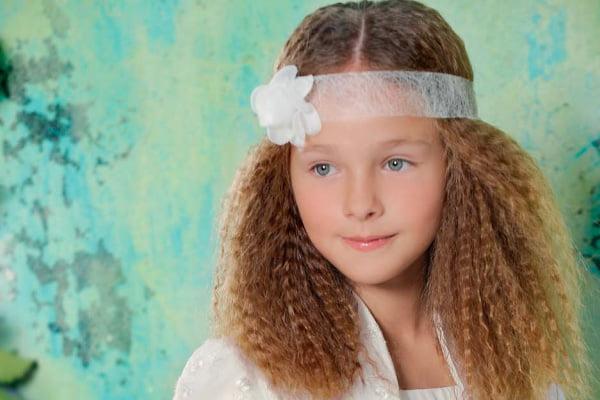 Coafura cu bentita pe frunte, Foto: modelatucabello.blogspot.ro