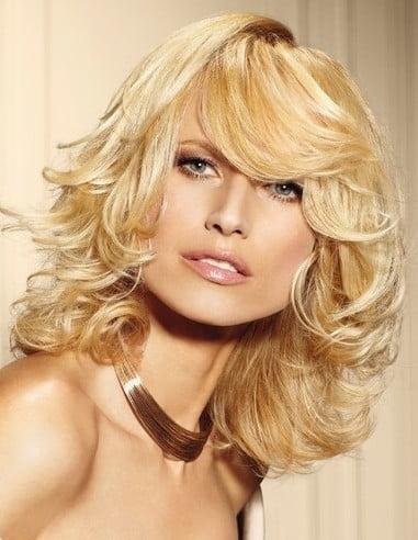 Coafura eleganta pentru doamne cu par mediu, Foto: hairstylesheart.com