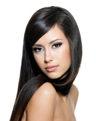 Coafura pentru femei cu par lung si fata ovala, Foto: frisuren-trends.com