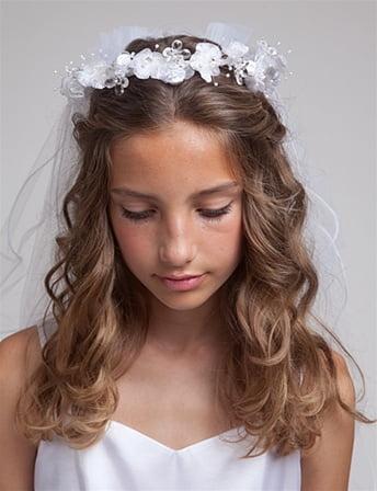 Coafura pentru fetita cu parul ondulat, Foto: modelatucabello.blogspot.ro