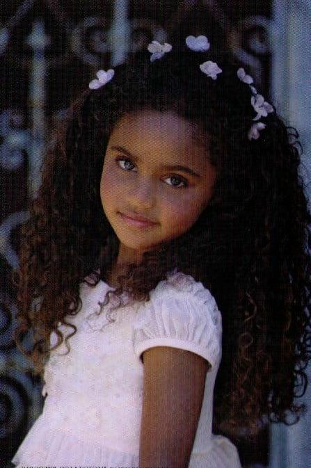 Coafura pentru par lung si cret, Foto: modelatucabello.blogspot.ro