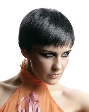 Coafura scurta eleganta pentru femei, Foto: modelatucabello.blogspot.ro