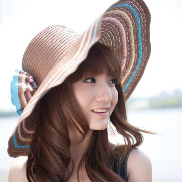 Palarie tinereasca la moda in 2013, Foto: redefiningthefaceofbeauty.com