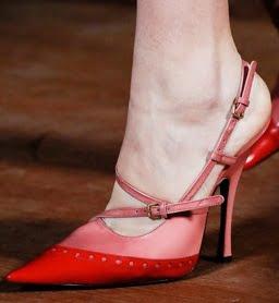 Pantofi eleganti marca Miu Miu, Foto: shoerazzi.com