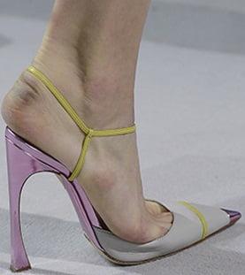 Pantofi pentru femei, colectia Christian Dior din 2013, Foto: shoerazzi.com
