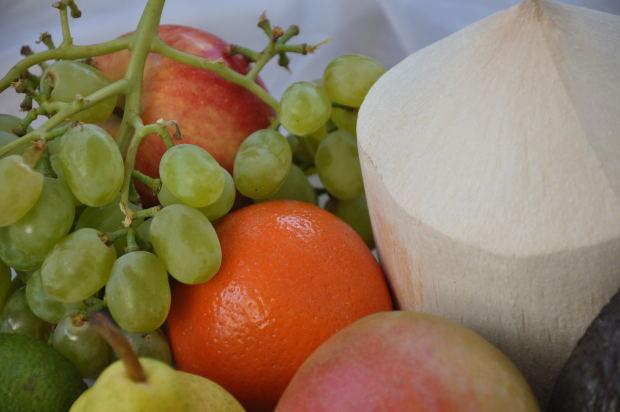 Portocale, struguri, grapefruit si alte fructe