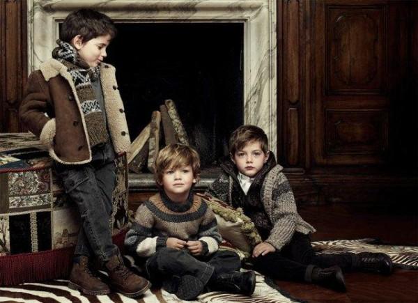 Articole de imbracaminte pentru copii, marca Dolce & Gabbana, Foto: fun-yari.blogspot.ro