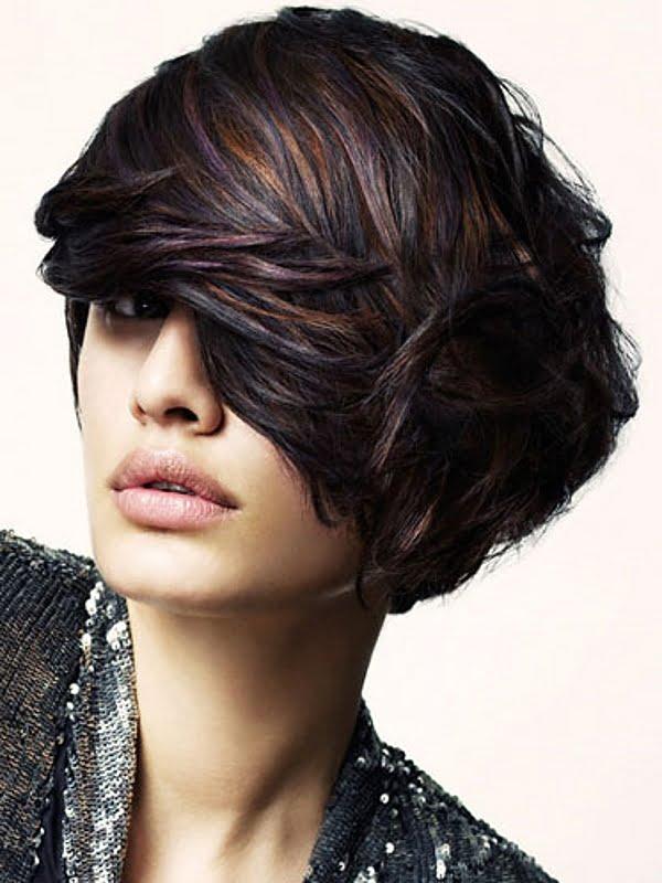 Coafura pentru par cu suvite colorate diferit, Foto: newcool-hairstyles.net