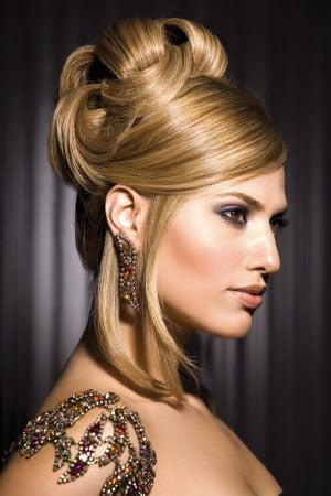 Coafura pentru rochie de seara, Foto: newcool-hairstyles.net