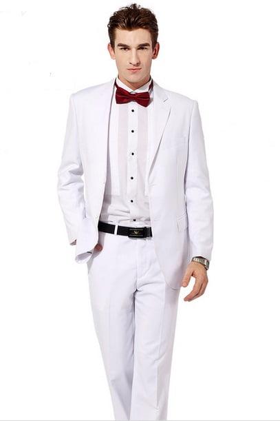 Costum alb Giorgio Armani, Foto: bros.com.my