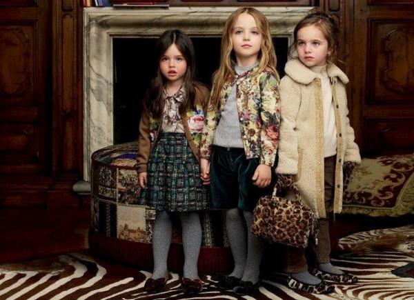 Imbracaminte de iarna pentru fetite, marca Dolce & Gabbana, Foto: fun-yari.blogspot.ro