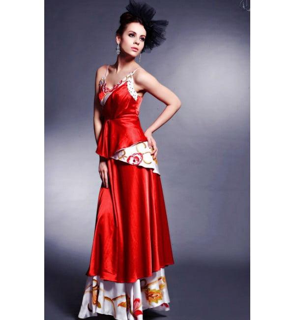 Rochie lunga eleganta pentru Craciun, Foto: thebestfashionblog.com