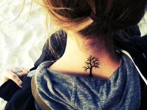 Tatuaj in forma de arbore, Foto: fashionstyleonsundays.blogspot.ro