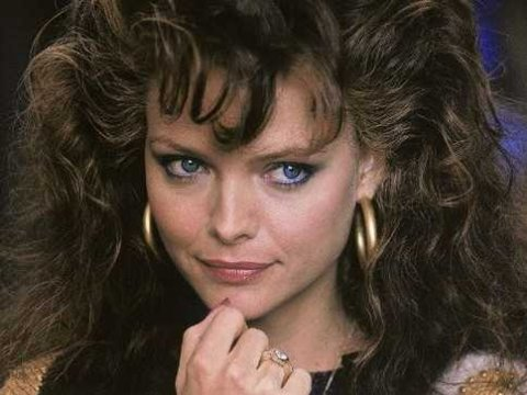 Coafura eleganta la actrita Michelle Pfeiffer, martinsmoviereview.blogspot.ro