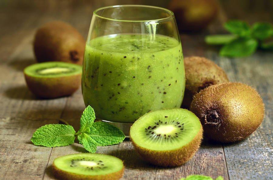 2-suc-de-kiwi-dieta-cu-kiwi