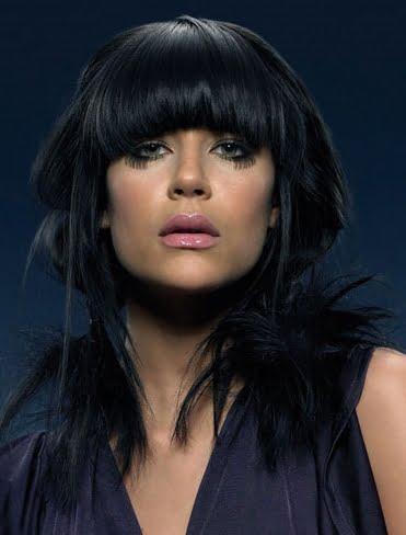 Coafura asimetrica pentru brunete, Foto: maddysonroam.blogspot.ro