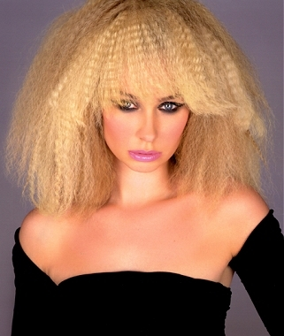 Coafura in stilul anilor'80, Foto: 411hairstyles.blogspot.ro