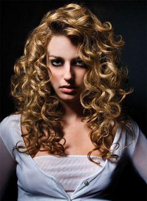 Coafura pentru femei la moda in acest an, Foto: latesthairstyless.blogspot.ro