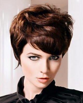 Coafura pentru par roscat, Foto: direct-hairstyles.com