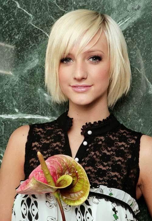 Coafura pentru tinere cu parul scurt si blond, Foto: mommentary.blogspot.ro