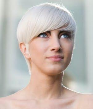 Coafura pixie cu breton, Foto: direct-hairstyles.com
