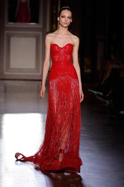 Model elegant de rochie, creatie Zuhair Murad, Foto: smartologie.com