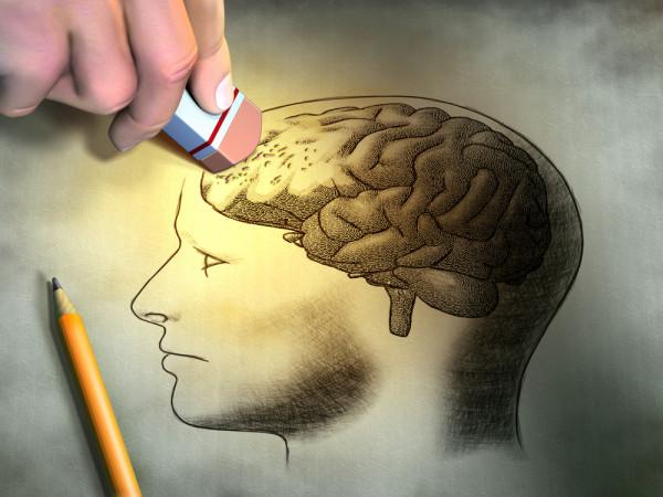 Imbatranirea si distrugerea celulelor neuronale, Foto: blog.cognifit.com