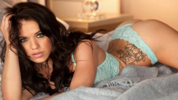 Tatuaj pentru tinere, Foto: celebritieshotwallpapers.blogspot.ro