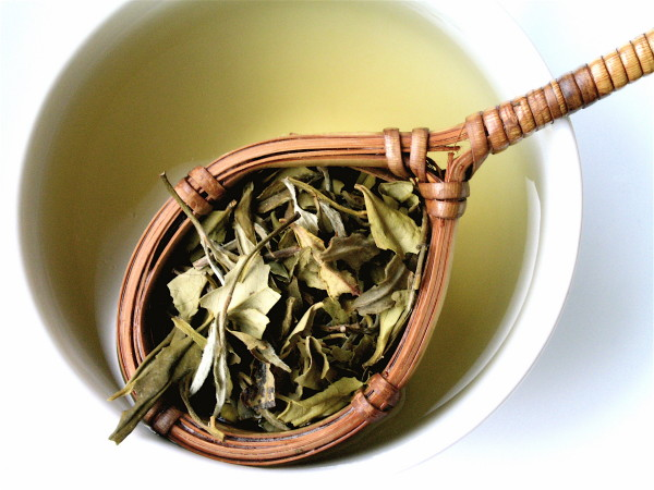 Ceai alb, mod de preparare, Foto: healthycare2.blogspot.ro