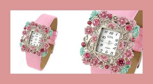 Ceas cu decoratiuni si curea roz, Foto: fashiontrends11.blogspot.ro