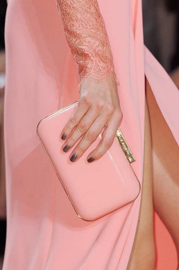Geanta eleganta marca Elie Saab, Foto: fashionologie.com