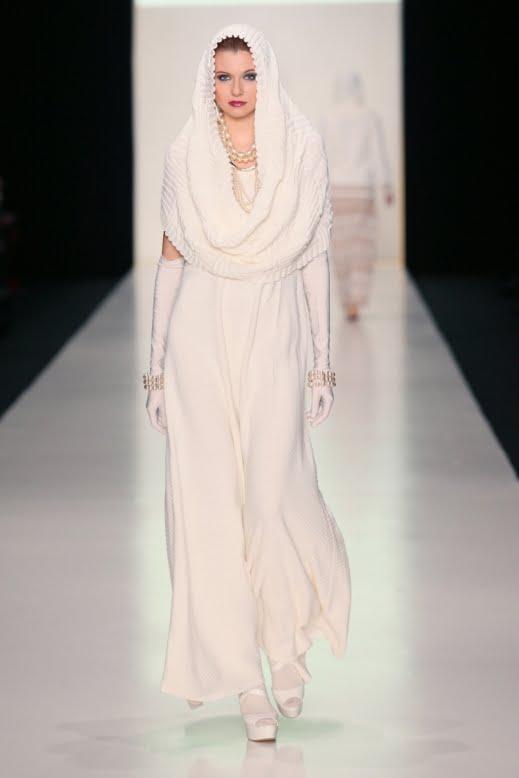 Moda in alb, Foto: roo7iraq.com