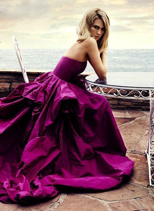 Rochie eleganta, creatie Oscar de la Renta, Foto: expressyourselfbypaolalauretano.blogspot.ro