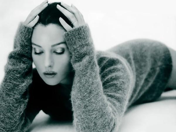 Monica Bellucci, Foto: jessicaalbahdiphonewallpaper.blogspot.com