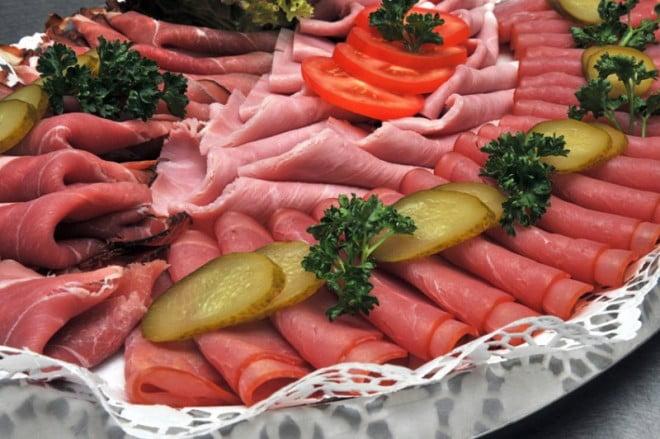 Carnea, alimente procesate, Foto: xn--catering-partyservice-mnchen-o7c.de