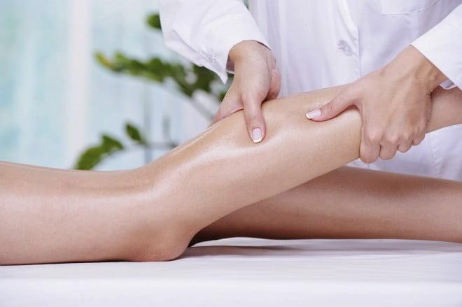 Crampe musculare, Masaj la picioare, Foto: balanceinmotionsb.blogspot.ro