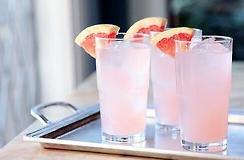 Băuturi răcoritoare pentru vară, Foto: lacoste.tumblr.com