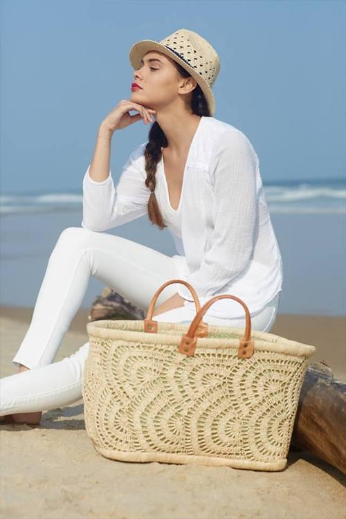 Geantă perfect asortată la ținuta vestimentară de vară