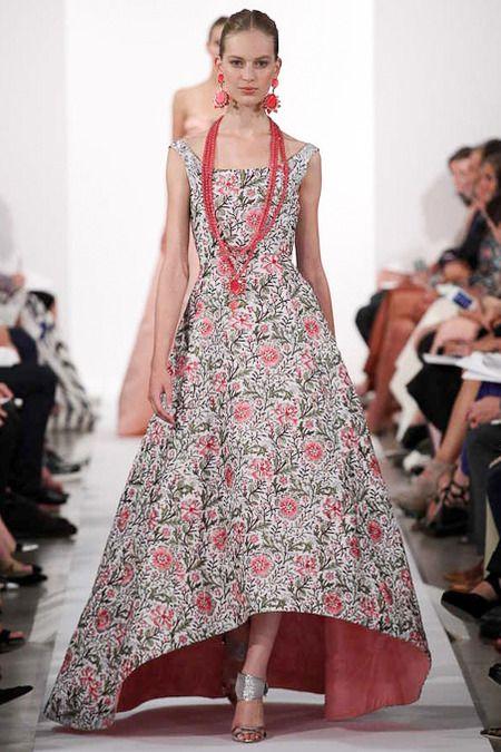 Rochie elegantă la modă în acest an, colecția Oscar de la Renta, Foto: desireecasoni.com