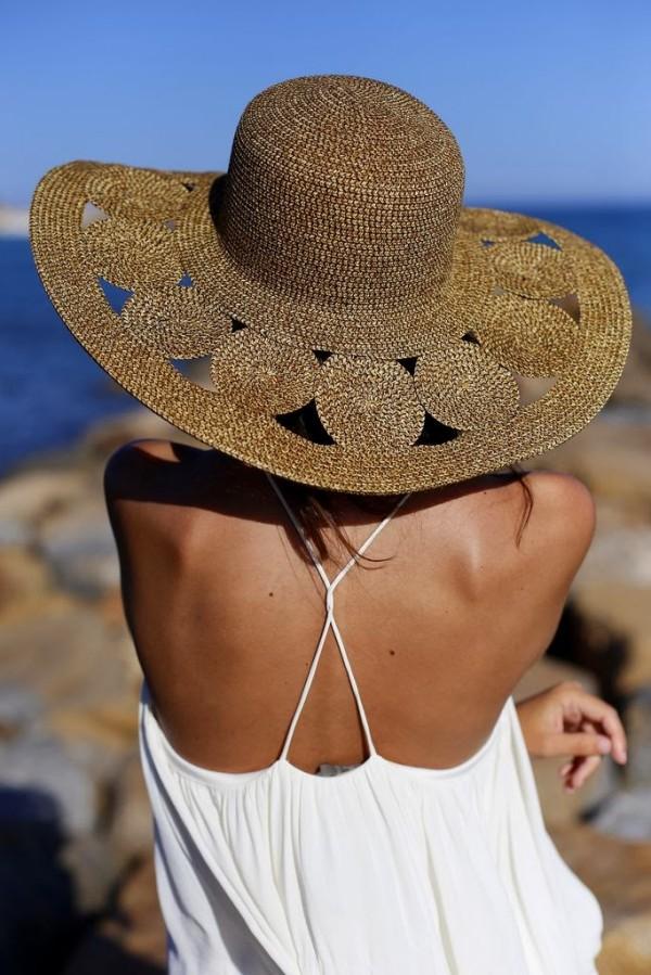 Pălărie pentru plajă, Foto: inspiremehappy.blogspot.com