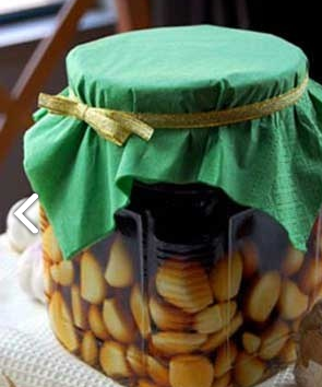 Preparat pe bază de usturoi și alcool, Foto: cswomen.cn